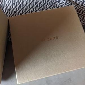 Sézane Beige Paper Box
